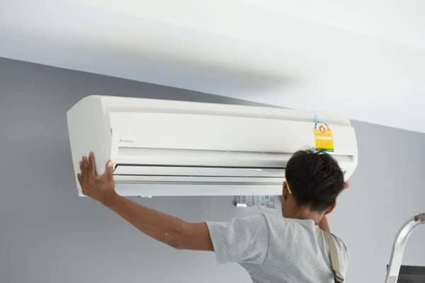 Di chuyển máy lạnh