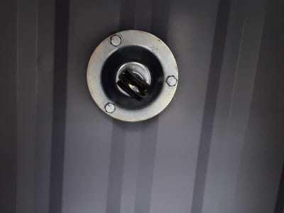Bát treo quạt trần gắn lên trần thạch cao