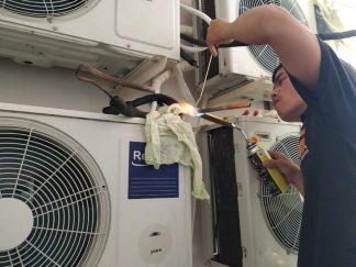 Dịch Vụ Vệ Sinh Máy Lạnh quận 3 –  Thợ Rửa Máy Lạnh Quận 3