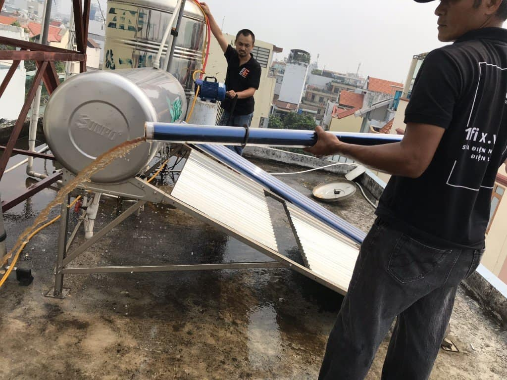 Sửa Máy Nước Nóng Năng Lượng Mặt Trời Tân Phú