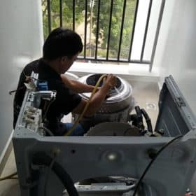 Vệ sinh lồng giặt máy giặt cửa trước