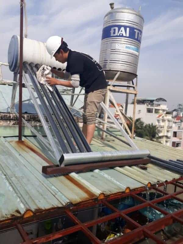 Sửa Máy Nước Nóng Năng Lượng Mặt Trời Quận 9