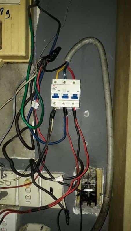 Khắc phục Aptomat bị hỏng do sử dụng quá tải điện năng