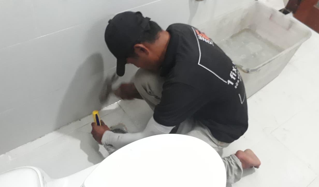 khắc phục tình trạng bồn cầu bị bí hơi, bồn cầu bị bốc mùi tại nhà