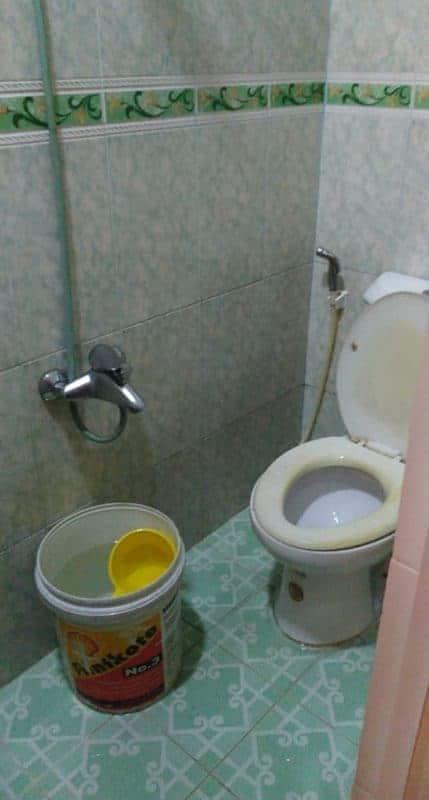 Dịch vụ sửa chữa bồn cầu bị hôi, bồn cầu bị ố vàng tại nhà