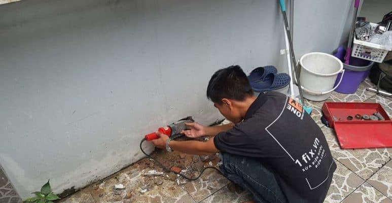 Ống nước PPR bị rò rỉ âm tường gây giảm áp lực nước.