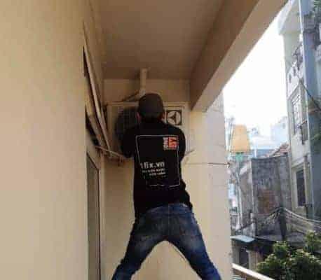 Sửa máy lạnh bị thiếu gas, sửa máy lạnh xì gas tại nhà
