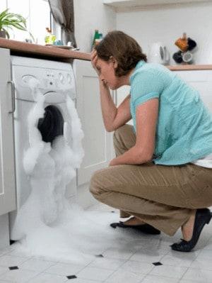 sử dụng máy giặt đúng cách, lâu bền - dùng bột giặt vừa đủ