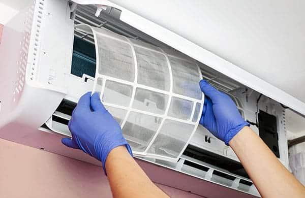 Top 10 dịch vụ vệ sinh máy lạnh uy tín nhất TP.HCM