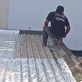 cách chống thấm mái tôn