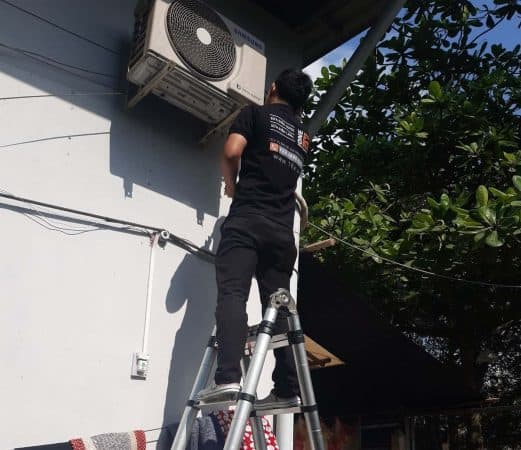 Bảng Giá Vệ Sinh Máy Lạnh Tại Nhà TPHCM – Dịch vụ rửa máy lạnh giá rẻ 2020