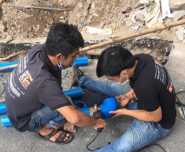 Lắp đặt bồn nước Inox Tân Á Đại Thành mới, thi công lắp đường ống nước nóng PPR tại Quận Bình Tân