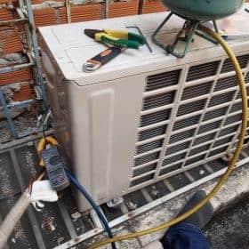 Tháo lắp máy lạnh quận 3 - Thợ lắp đặt máy lạnh quận 3