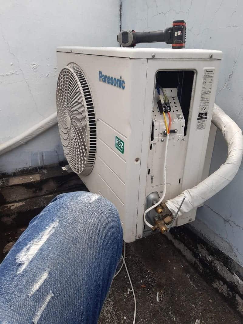Tháo lắp máy lạnh huyện Hóc Môn - Thợ lắp đặt máy lạnh huyện Hóc Môn
