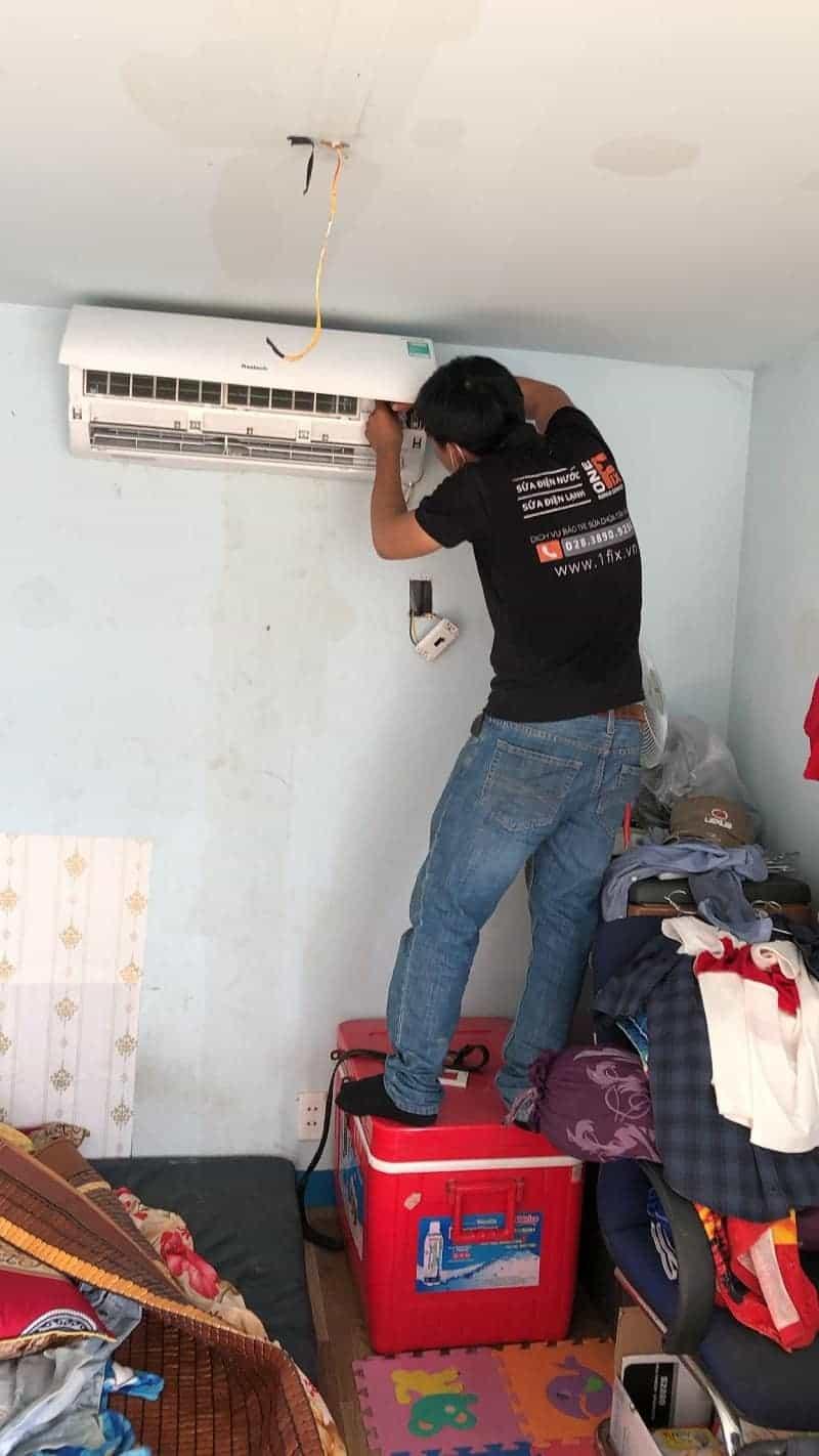 Tháo lắp máy lạnh quận Bình Tân - Thợ lắp đặt máy lạnh quận Bình Tân