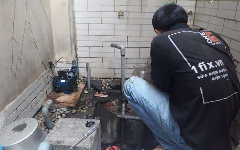 Dịch vụ sửa chửa, thay thế máy bơm không lên nước tại nhà