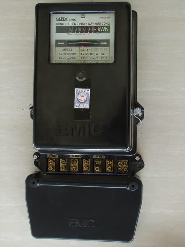 Thông tin các loại đồng hồ điện 3 pha cơ khí của Emic
