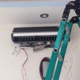 Tháo lắp máy lạnh Bình Dương - Thợ lắp đặt máy lạnh Bình Dương