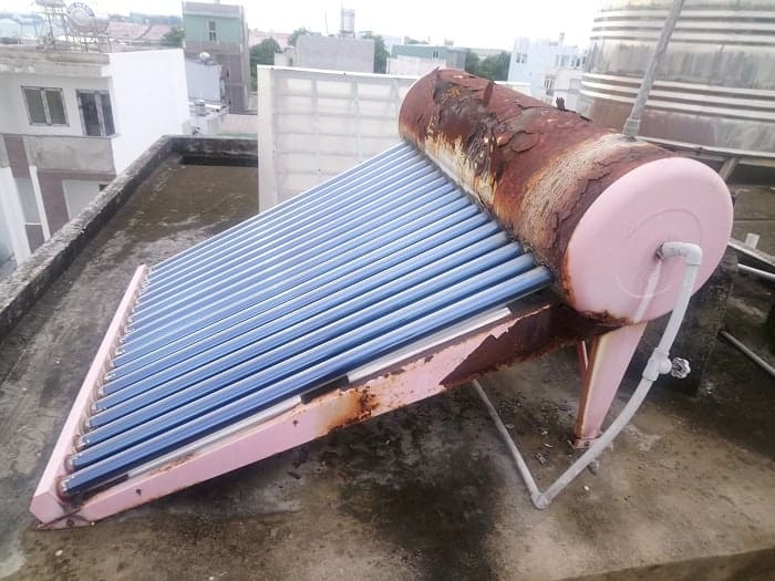 Sửa máy nước nóng năng lượng mặt trời quận 1