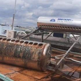 Sửa Máy Nước Nóng Năng Lượng Mặt Trời Bình Chánh