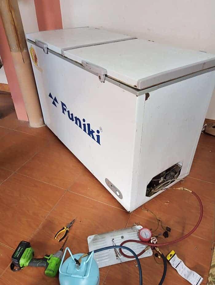 Sửa Tủ Đông Funiki Tại Nhà – Cách Sửa Bảng Lỗi Mã Lỗi Tủ Đông Funiki