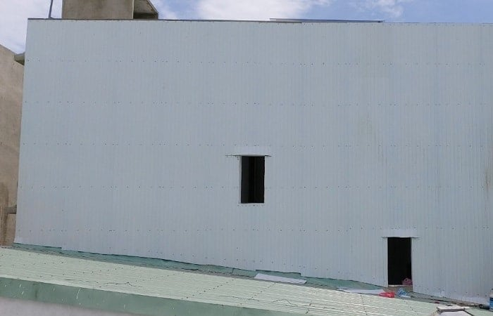 Chống Thấm Tường Nhà Bằng Tôn