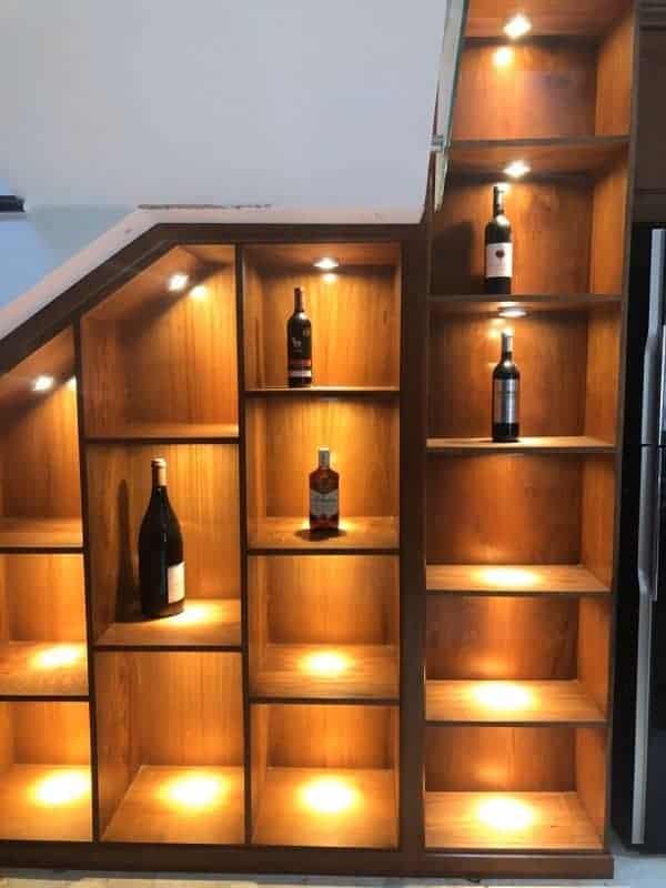 Cách lắp đèn LED trang trí tủ rượu